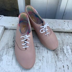 Bass Soft Leather Sneakers
